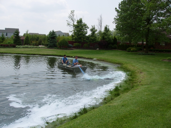 AQUA DOC Lake & Pond Management - Chardon, OH. Application for algae
