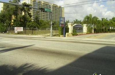 Blue Lagoon Apartment - Miami, FL