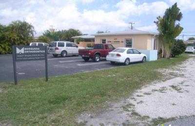 Mosquera, Arturo F, DDS - Miami, FL