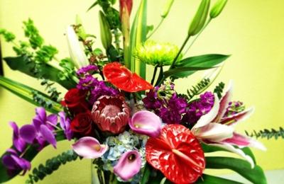 Artistic Flowers Home Decor