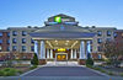 Holiday Inn Express & Suites Anderson - Anderson, IN