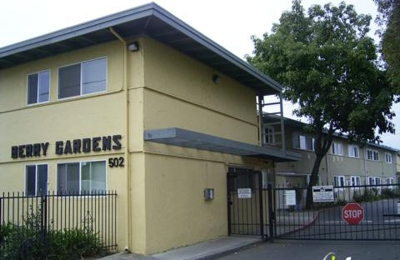 Berry Gardens Apartments - Hayward, CA