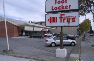 Foot Locker - Palo Alto, CA