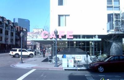 Cafe 222 - San Diego, CA