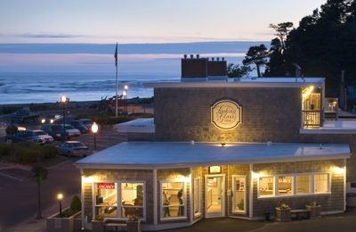 Looking Glass Inn - Lincoln City, OR