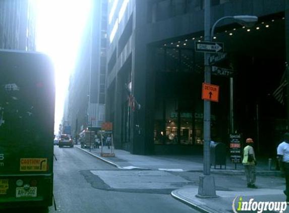 I P Label - New York, NY