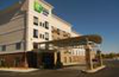Holiday Inn Express & Suites Sidney - Sidney, OH
