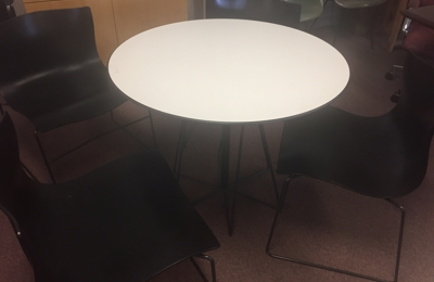 Berryu0027s Office Furniture Inc   Fort Worth, TX. Knoll Table And Chairs
