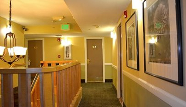 Pacific Euro Hotel - Redwood City, CA