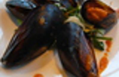 Ponti Seafood Grill - Seattle, WA