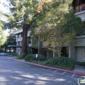 Hallee, Julia A, MD - Menlo Park, CA