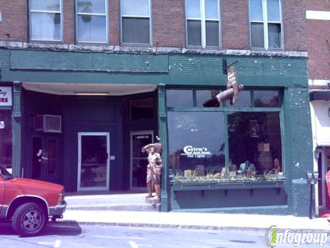 Castro S Back Room 5 Depot St Concord Nh 03301 Yp Com