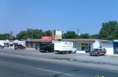 Galleria Studio - River Oaks, TX