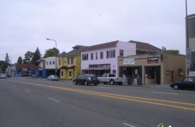 Berkeley Flea Market - Berkeley, CA
