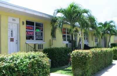 Stop & Shop - Miami Beach, FL