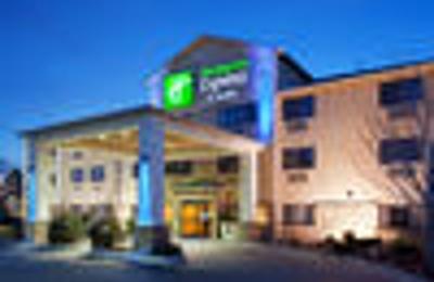 Holiday Inn Express & Suites Colorado Springs North - Colorado Springs, CO