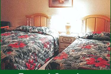 7 Pines Motel