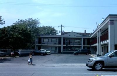 Diplomat Motel - Chicago, IL