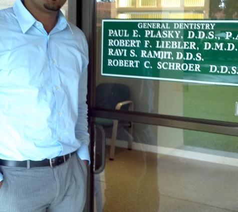 Ramjit, Ravi S - Miami, FL