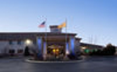 Holiday Inn Express & Suites Raton