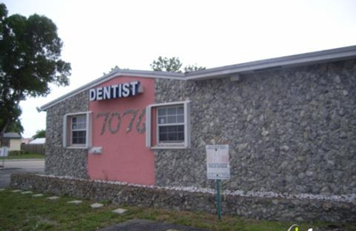 Total Dental & Denture Care - Hollywood, FL