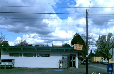 B Mart - Portland, OR