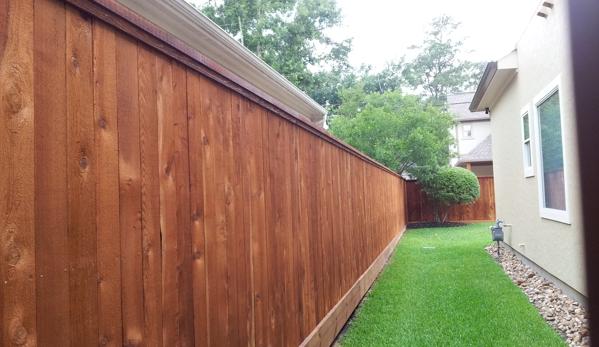 Rio Grande Fence Co - Houston, TX. Rio Grande Fence - Houston 7' hi was stained