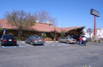 La Pinata Restaurant - San Leandro, CA