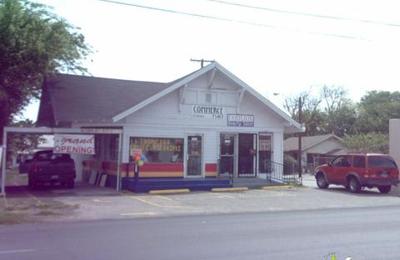 Fabulous Beauty Salon - San Antonio, TX