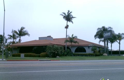 Gaslamp Restaurant & Bar - Long Beach, CA