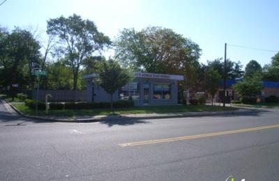 Philly Pretzel Factory - Piscataway, NJ