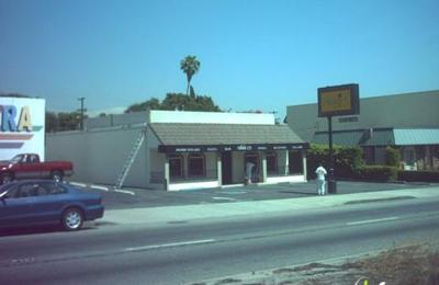 Nikki C's Restaurant & Bar - Pasadena, CA