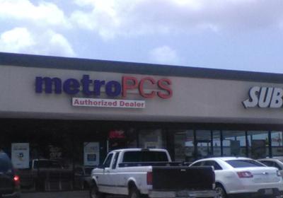 MetroPCS 10904 Scarsdale Blvd Ste 150, Houston, TX 77089
