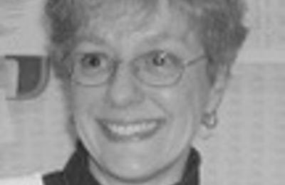 Dr. Dawn M Estabrook, MD - Alexandria, VA