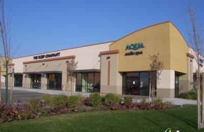 Aqua Nails Spa - Clovis, CA