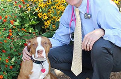 Moores Mill Animal Hospital - Auburn, AL