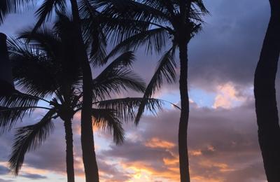Alii Resorts - Kihei, HI. Beautiful sunset from our lanai.