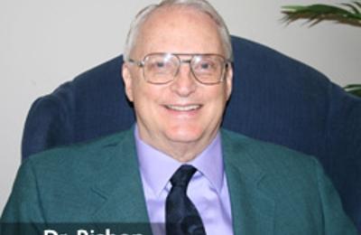 Marvin D Bishop DMD - Huntsville, AL