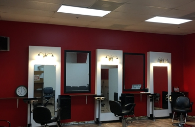 Elegante Beauty Salon - San Jacinto, CA