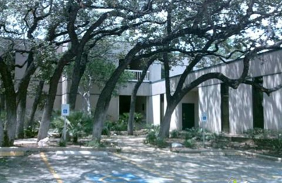 Hal C Carlson DDS - San Antonio, TX