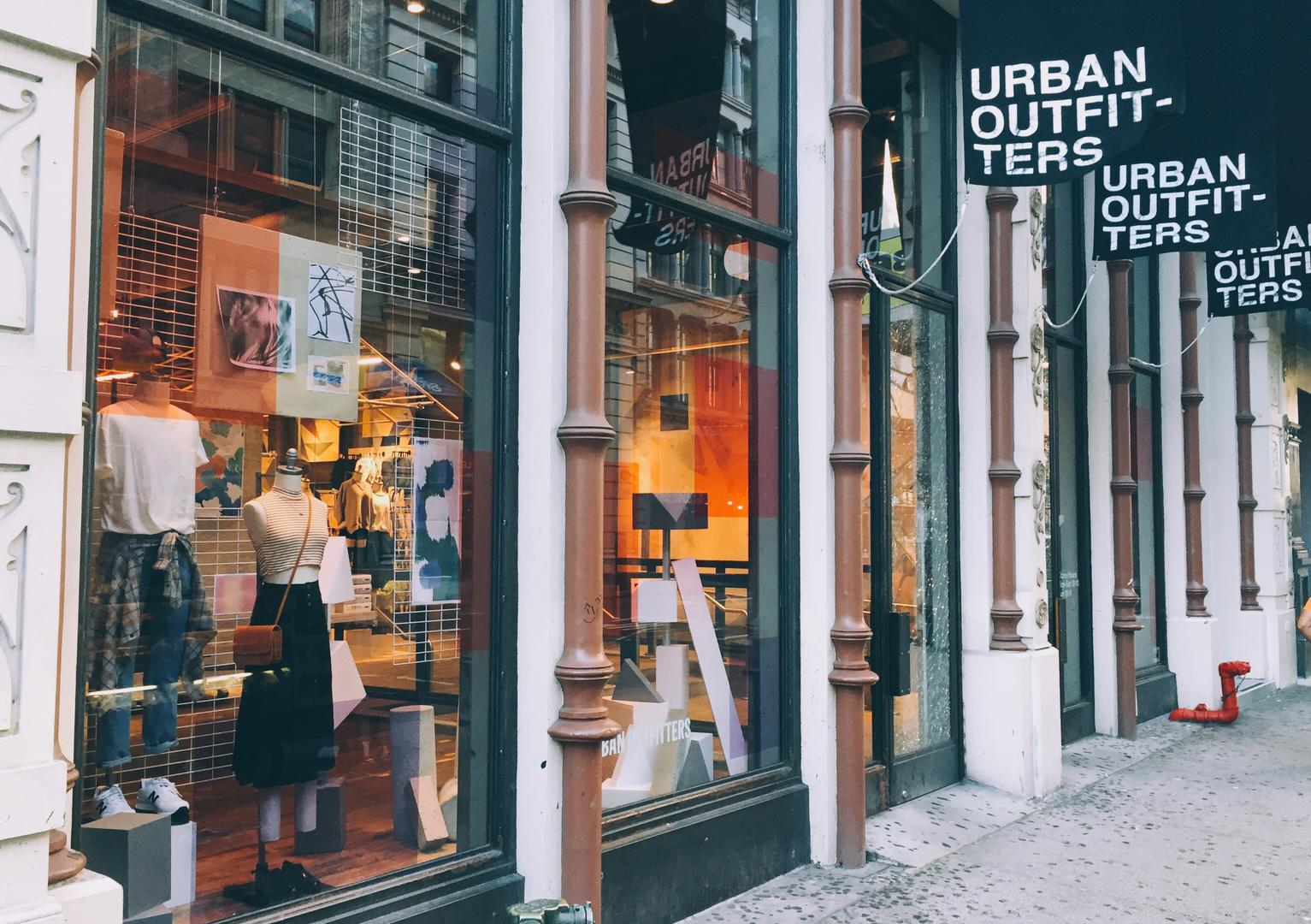 Urban Outfitters 628 Broadway New York Ny 10012 Yp Com