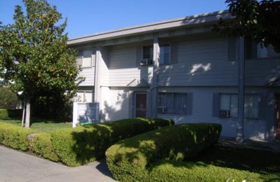 Poplar Plaza Apartments - Sunnyvale, CA