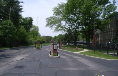 Landmark Apartments & Townhomes of Indianapolis - Indianapolis, IN