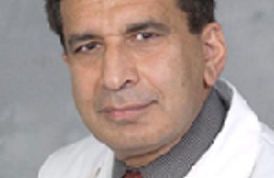 Dr. Lalita Seetharam, MD - Fayetteville, NY