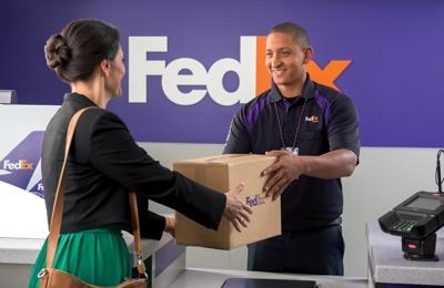 FedEx Ship Center - San Diego, CA