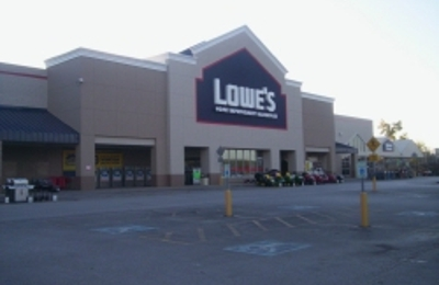 Lowe's Home Improvement - Saint Charles, MO