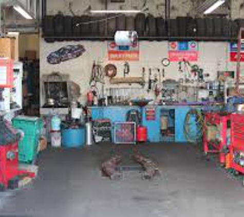 Clint's Auto Truck - Erie, PA