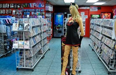 Fantasyland Adult Center - Tampa, FL