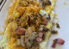 The Chalet House of Omelettes - Eureka, CA. Meat lovers omelet