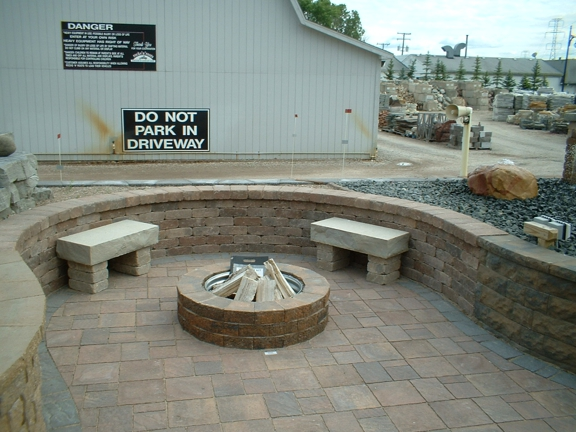 Rocks 'n' Roots Landscape & Pond Supplies - Washington, MI